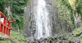 那智大滝(なちのおおたき)