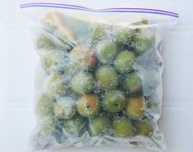 梅を冷凍する